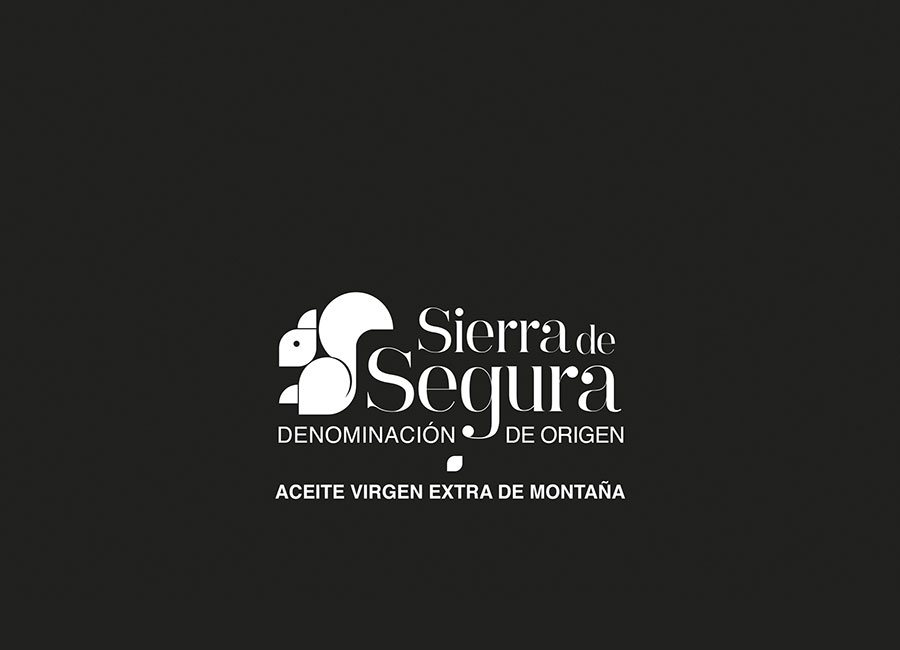 Certified Quality Our PICUAL evoo comes from mountain olive grooves as certify de PDO Sierra de Segura.